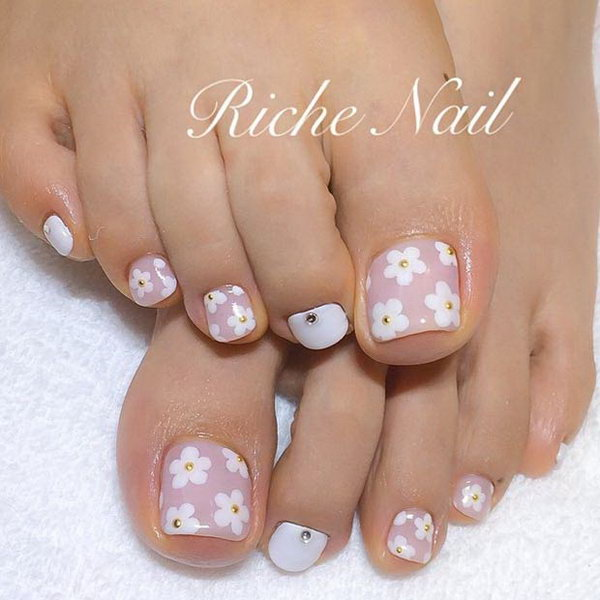 18 toe nail art designs - 60 Cute & Pretty Toe Nail Art Designs