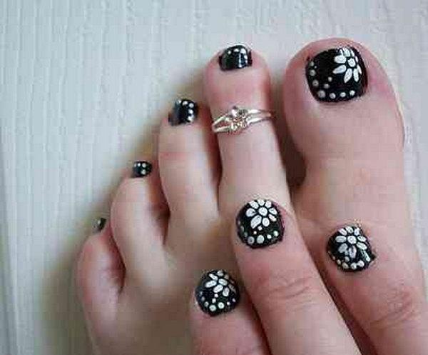 36 toe nail art designs - 60 Cute & Pretty Toe Nail Art Designs