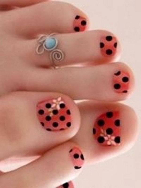 Orange And Black Polka Dots Toe Nails