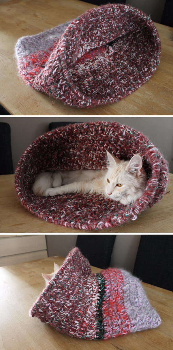 15 Crochet Pet Bed Ideas