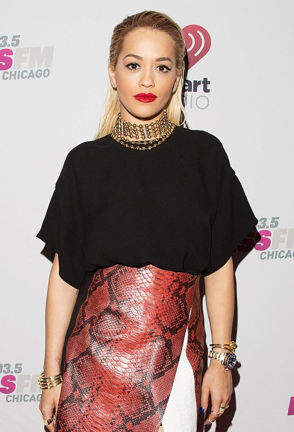 Rita Ora choker