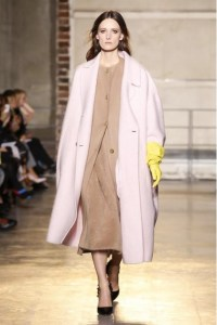 Rocha's a/w 2014 collection also featured pale pink coats.