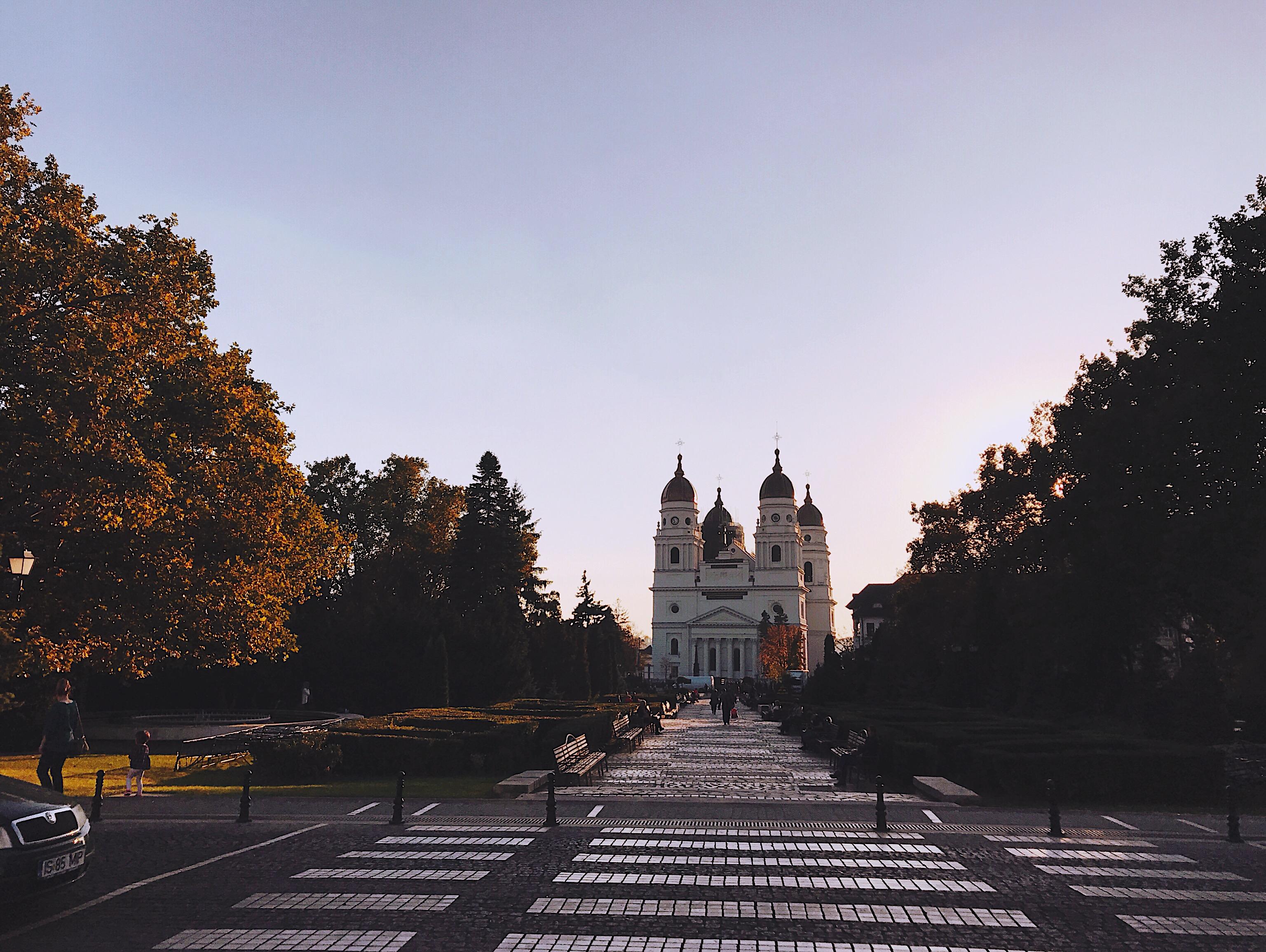 Metropolitan Cathedral Iasi_Romania Style Unsettled