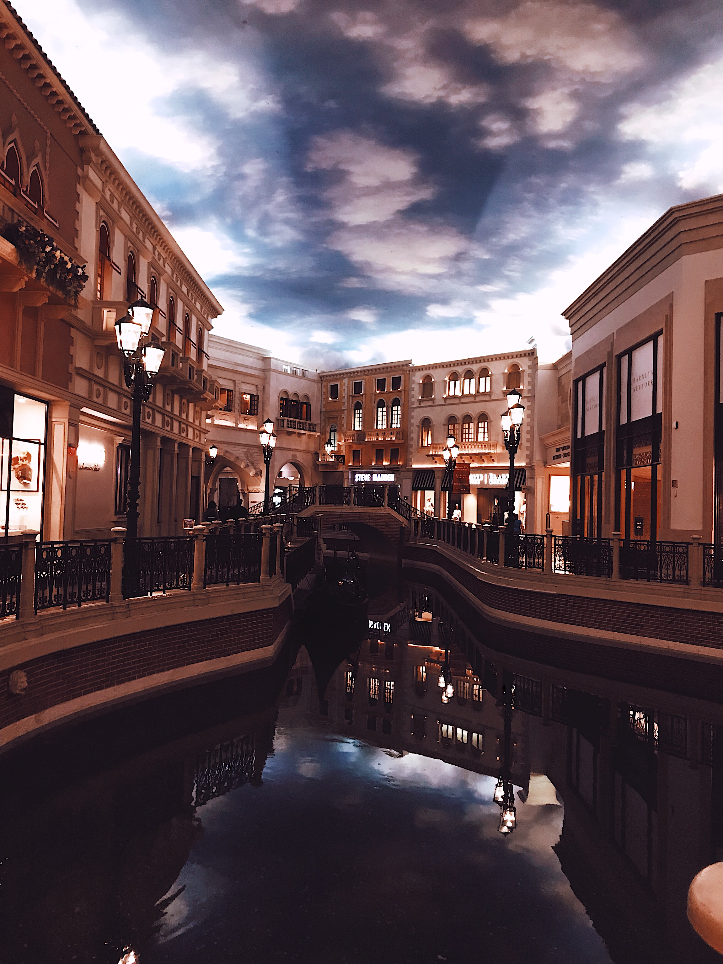 Las Vegas Grand Canal Shoppes interior design Style Unsettled
