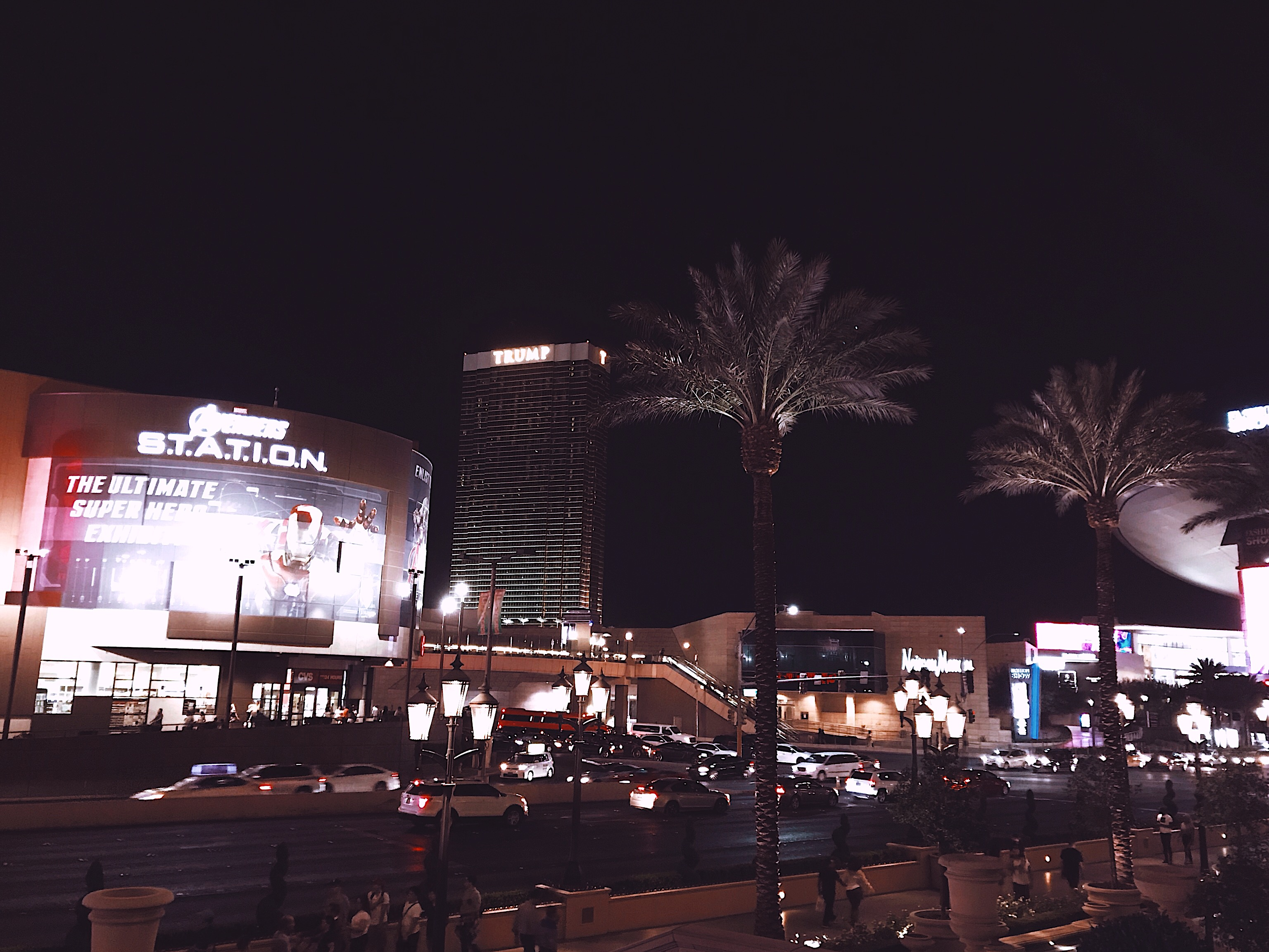 Las Vegas Strip at night Style Unsettled