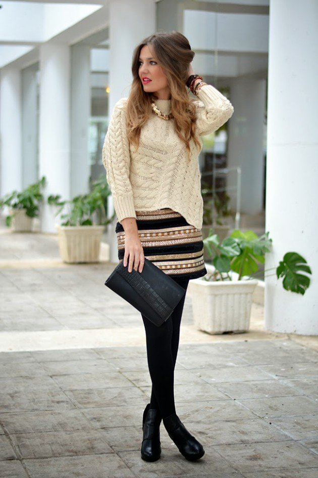 Winter sweater with necklace
