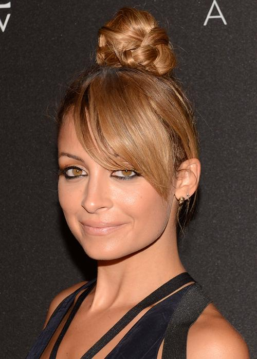 Top Knot Bun Classic Summer Hairstyle Trend 2016