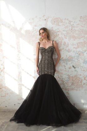 Black pearl evening Wear