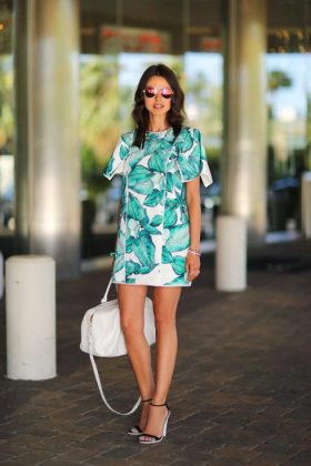 Tropical Print Dresses You Must Try This Summer