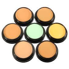 Best Makeup Tips For Oily Skin Combat