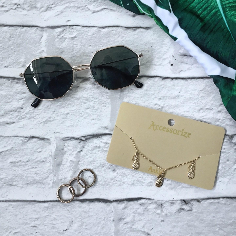 hexagonal sunglasses, anklet, rings