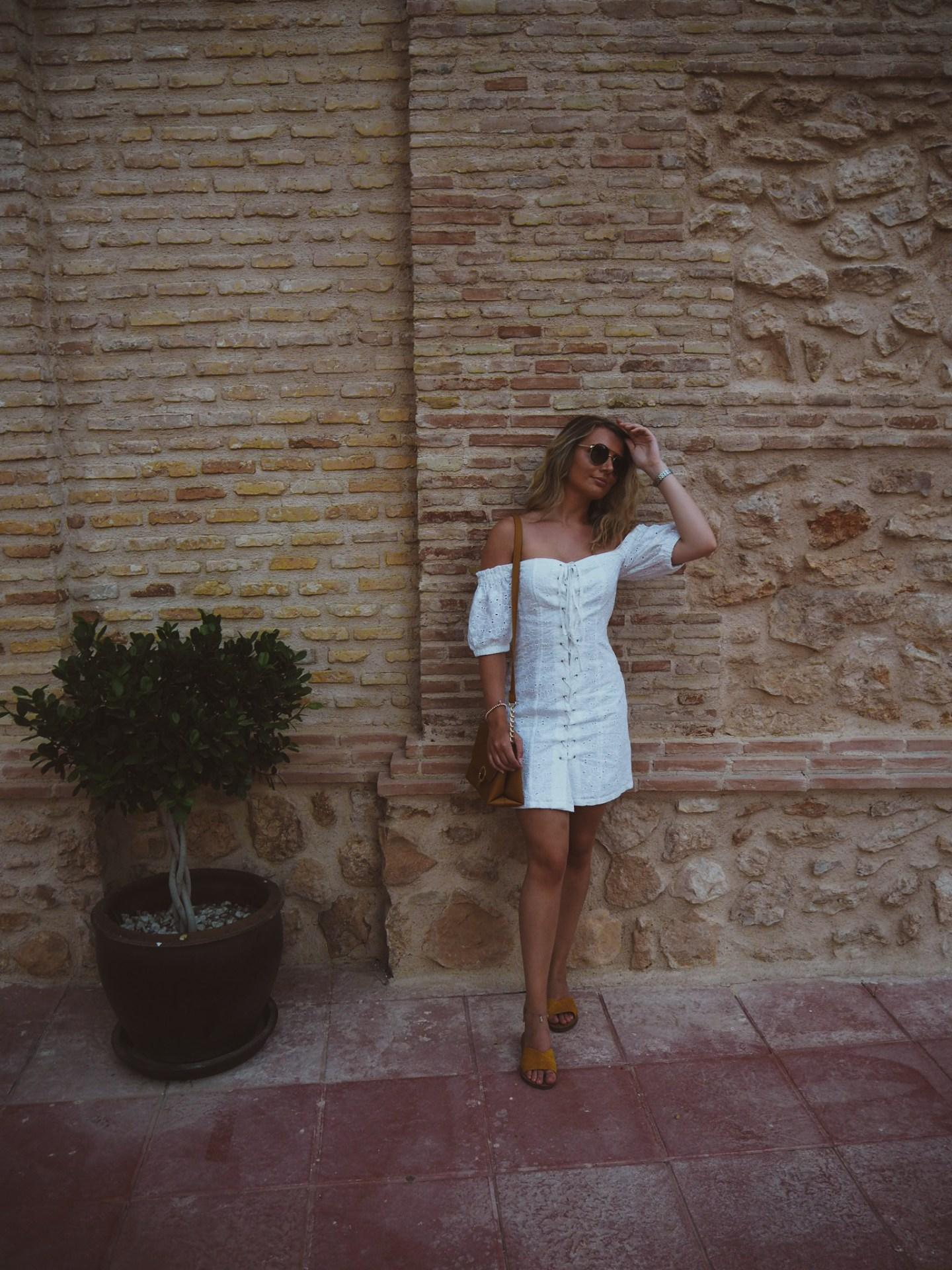 fashion blogger, white asos broderie dress, ochre sandals marks and spencer, ochre bag primark