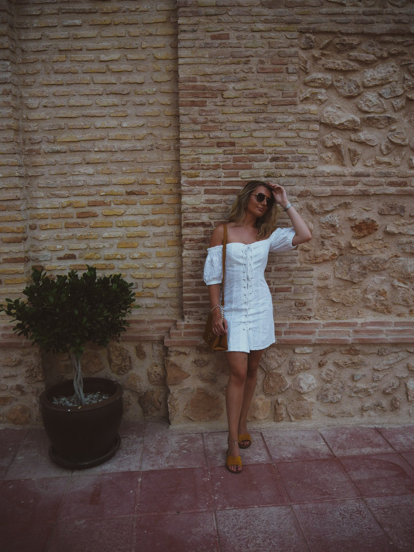 fashion blogger, white asos broderie dress, ochre sandals marks and spencer, ochre bag primark