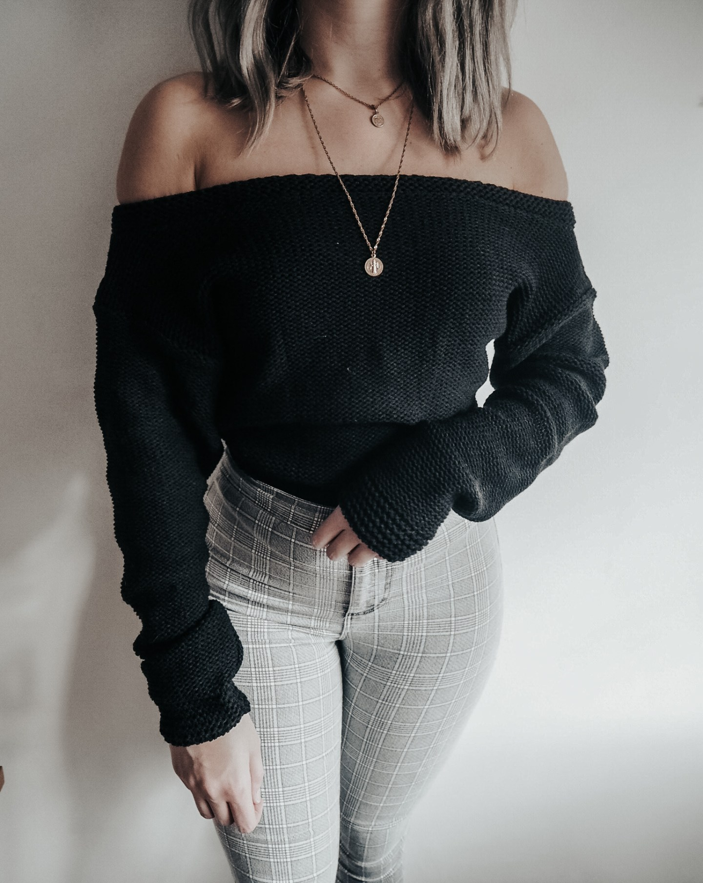 jumper, knitwear, fashion blogger, off the shoulder black jumper, femme luxe