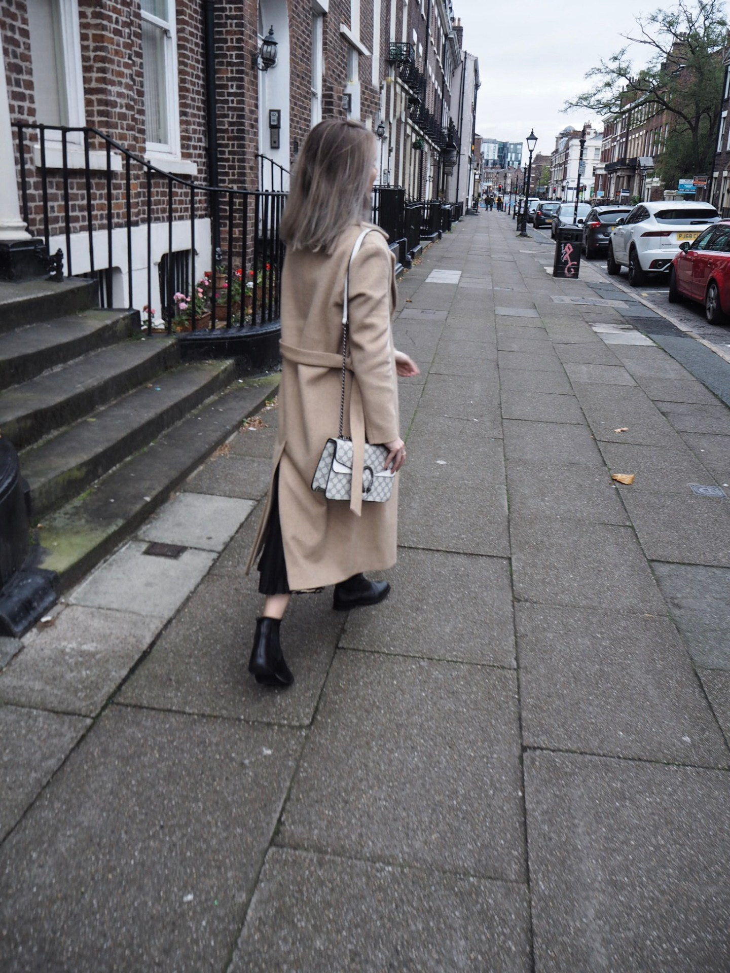 camel coat, & other stories alpaca coat, fashion blogger, midi skirt