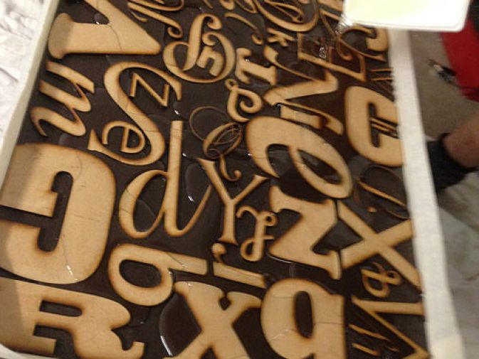 Alphabet Side Table Makeover DIY Step 6-3