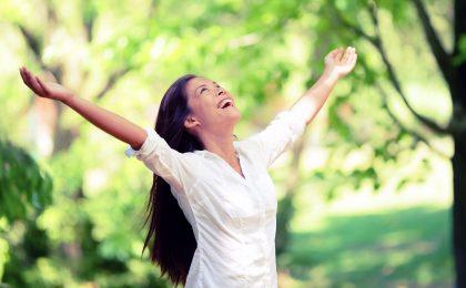 Frische Luft: Nach einem Waldspaziergang fühlt man sich dank der Extraportion Sauerstoff wie neu geboren.
