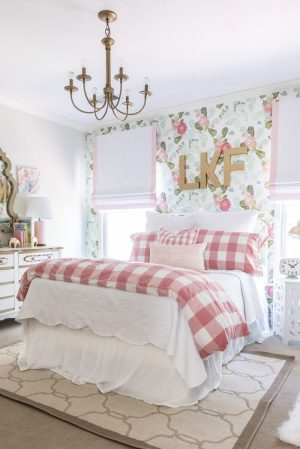 rooms prettiest girly pink source