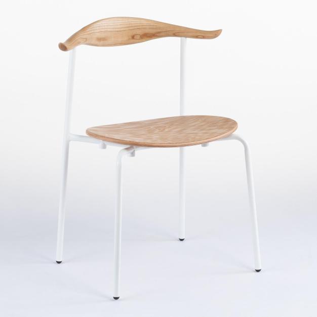chaise bull scandi blanche