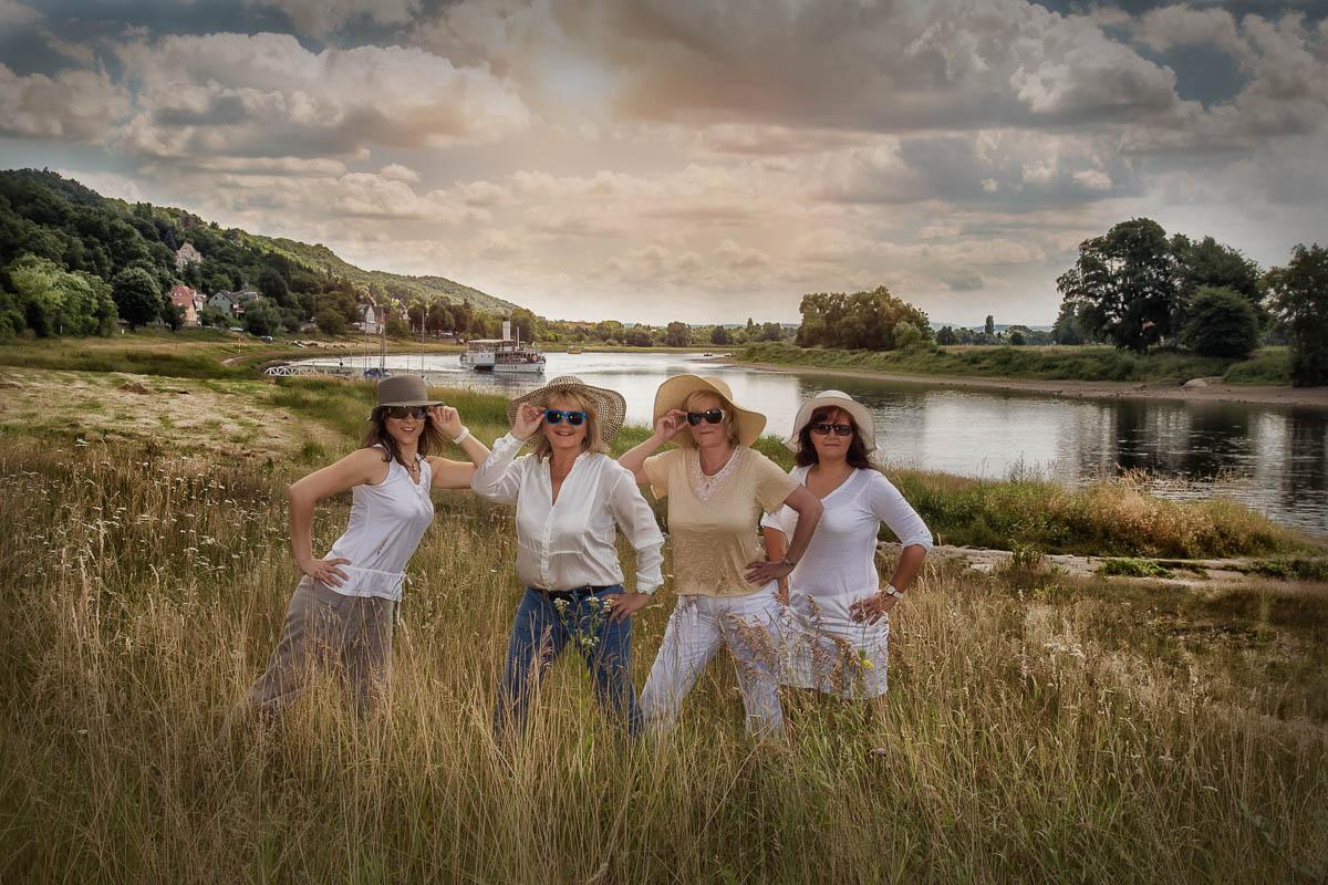 Fotoshooting Familie Styling und Fotografie Beautytreff Familienfotos