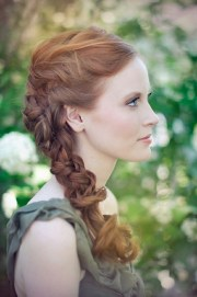 bridesmaid hairstyles summer