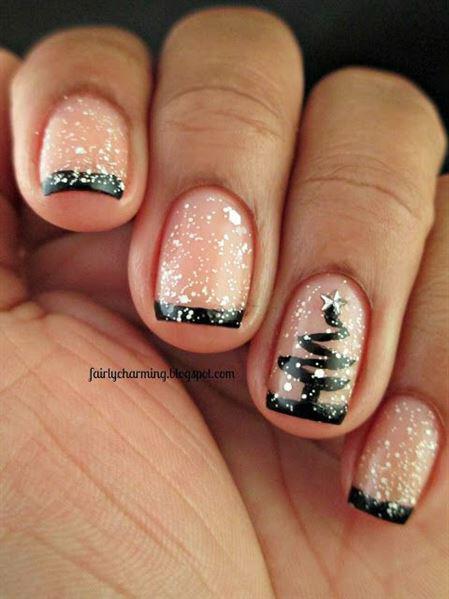 9 Christmas Nail Ideas
