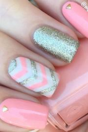 beautiful chevron nail design