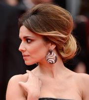 9 classic updo hairstyles