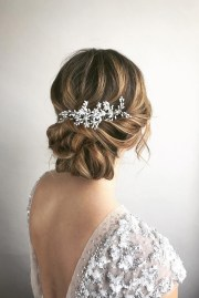 timeless bridal hairstyle