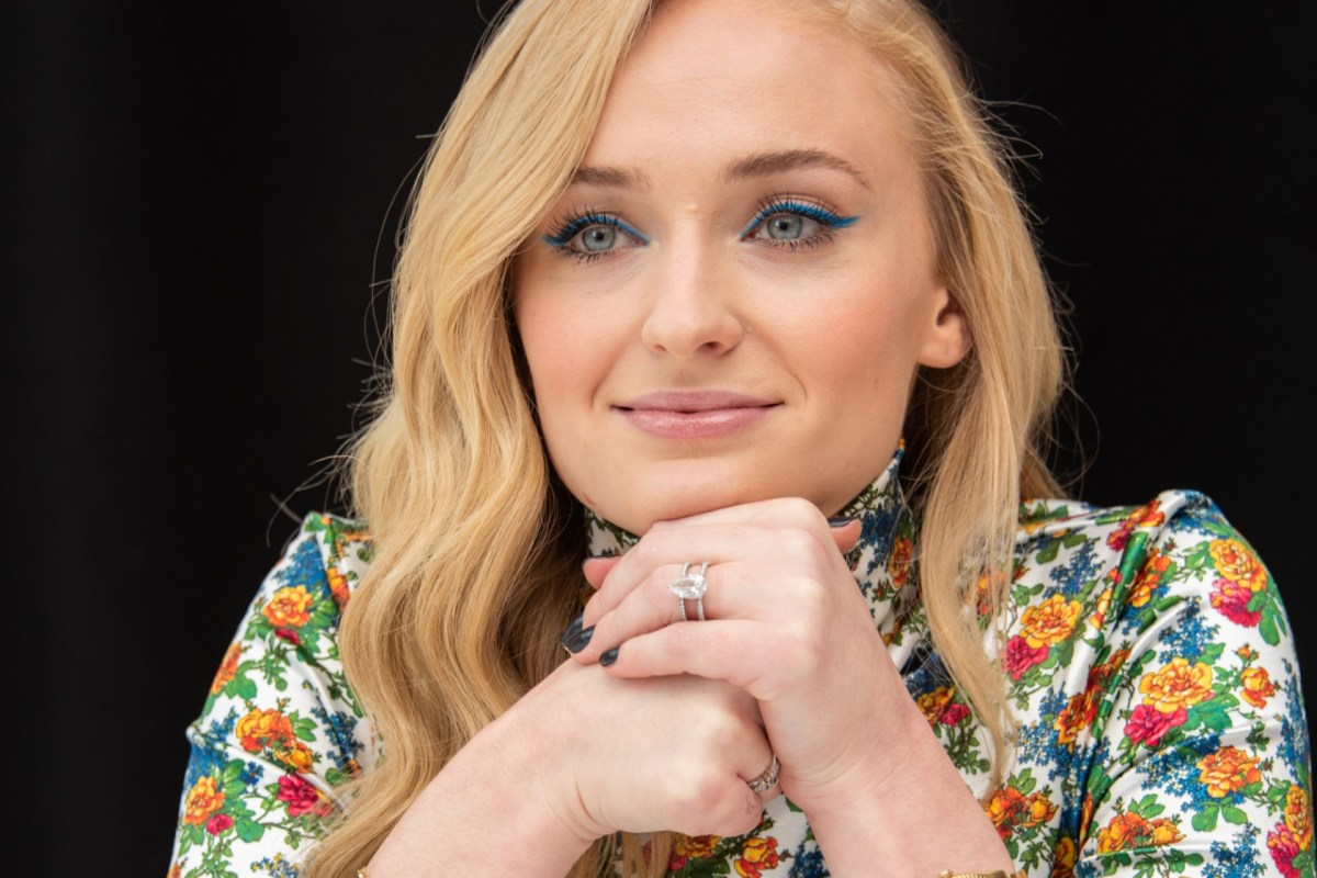 Game Of Thrones Sophie Turner Shares Depression Experience