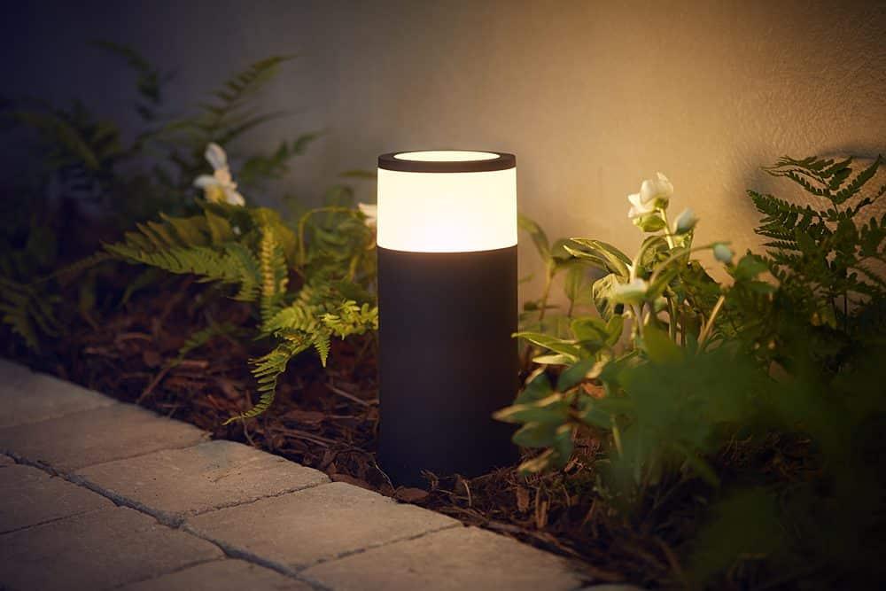 Philips Hue éclairage extérieur Calla lampadaire