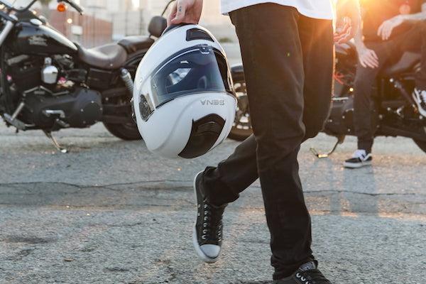 Casque Moto Connecté Comparatif Jarvish Skully Eyelights Sena
