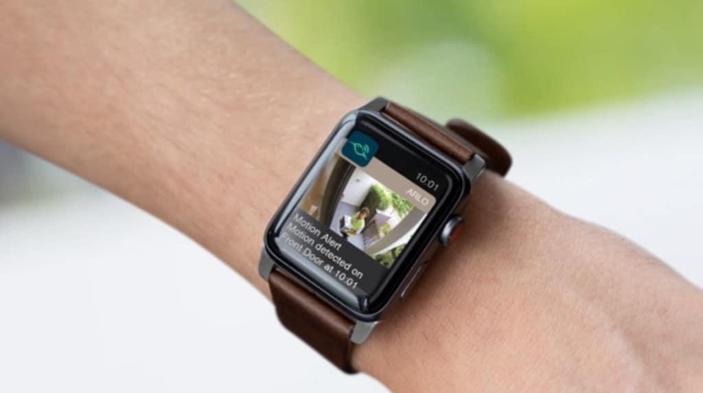 Arlo Pro 3 Floodlight Apple HomeKit Apple Watch Siri