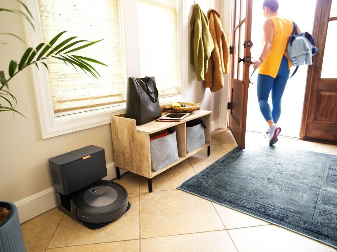 Roomba j7 meilleur robot aspirateur connecté