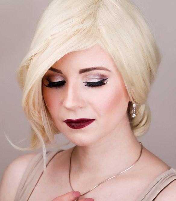Christina Aguilera Inspired Pin up Makeup Tutorial