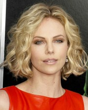 casual short hairstyles women