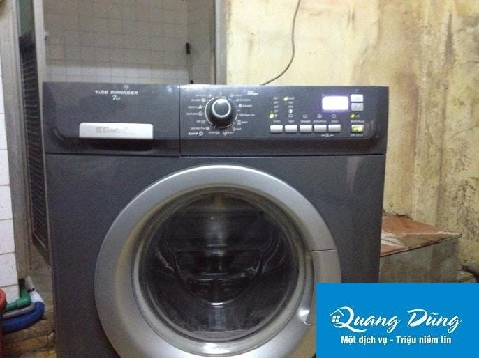 Sửa máy giặt electrolux tại cầu giấy