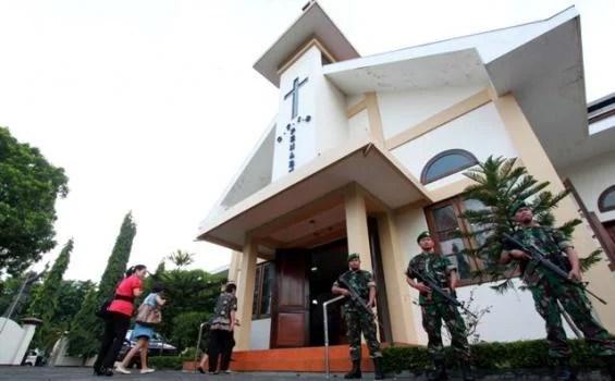 Jelang Perayaan Paskah, TNI Bantu Polri Amankan Sejumlah Gereja