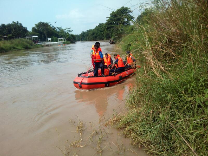 Berniat Bantu Korban Perahu Tenggelam, Pria Ini Meninggal Terseret Arus Sungai
