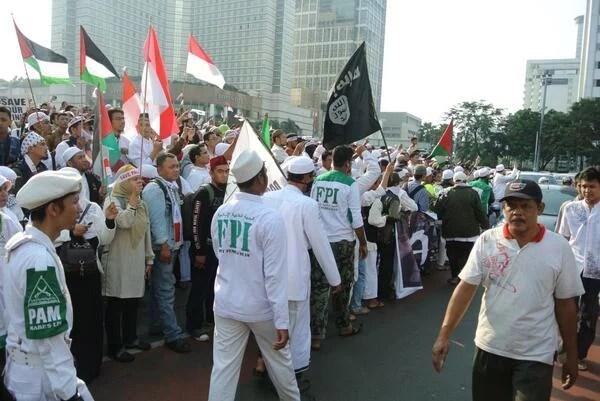 Maklumat FPI: Mendukung ISIS dan Penegakan Khilafah Islamiyah di Indonesia