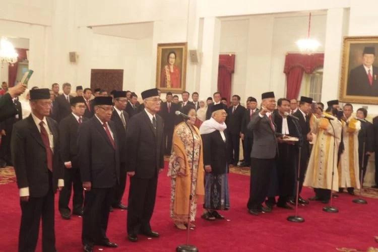 Jokowi Lantik Pejabat UKP Pembinaan Ideologi Pancasila
