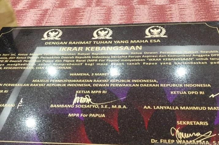 Pimpinan Parlemen Tandatangani Ikrar Kebangsaan, Hadirkan Solusi Komprehensif Papua