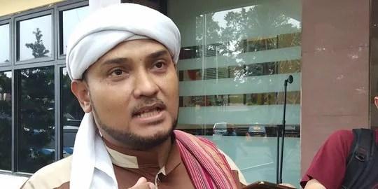 Lawan Covid19, PA 212 Imbau Umat Islam Salat Idul Fitri dari Rumah