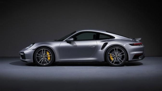 Dengan Cek Palsu, Pria di Florida Ini Bawa Kabur Porsche dari Dealer
