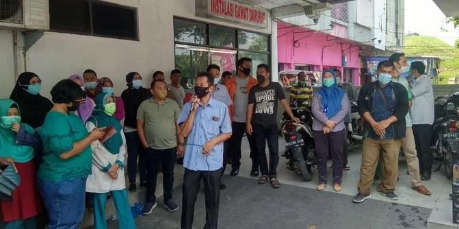2 Bulan Tak Terima Gaji, Puluhan Nakes RS Permata Bunda Medan Demo