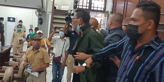 Pernyataan Pandemi Jadi Proyek Bikin Rapat DPRD Sikka dengan Nakes Ricuh