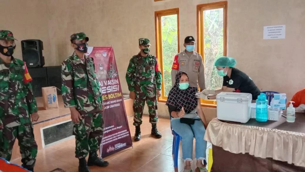 Pemdes dan Masyarakat Liberia Antusias Dukung Program Vaksinasi Covid-19 di Boltim