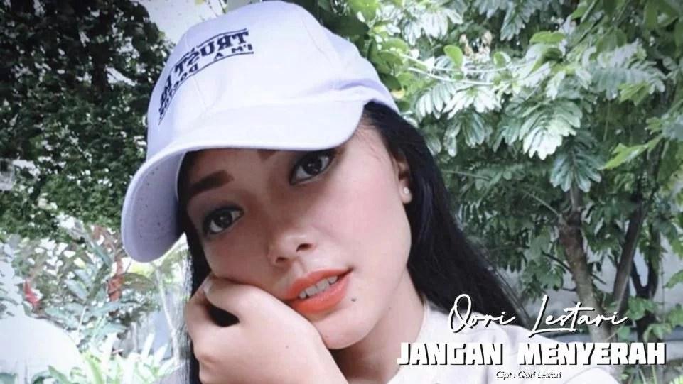 Dokter Cantik Ini Semangati Masyarakat Jalani PPKM Lewat Rilis Lagu Jangan Menyerah