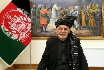 Diplomat Rusia: Presiden Afghanistan Kabur Dengan Mobil Penuh Uang Tunai