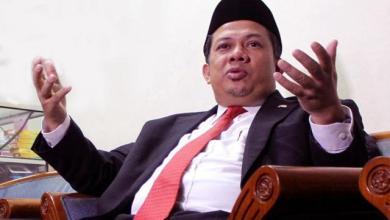 Photo of Menristekdikti akan Rekrut Rektor Asing, Fahri: Harusnya Dia Malu
